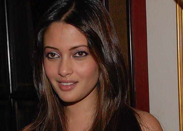 Riya Sen Interview